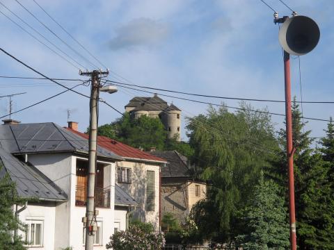 03 Pohľad z obce