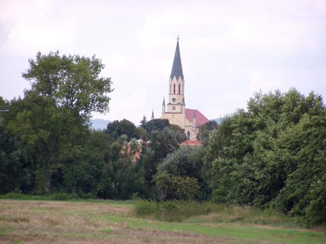 Pohľad na kostol 02