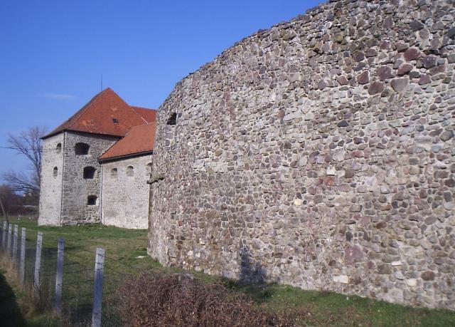 05 Opevnenie Levického hradu