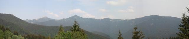 07  pohľad na skupinu Babiek, Ostrého a Sivého Vrchu v Západných Tatrách.