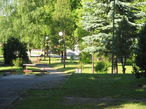 10 V obci - zelený park