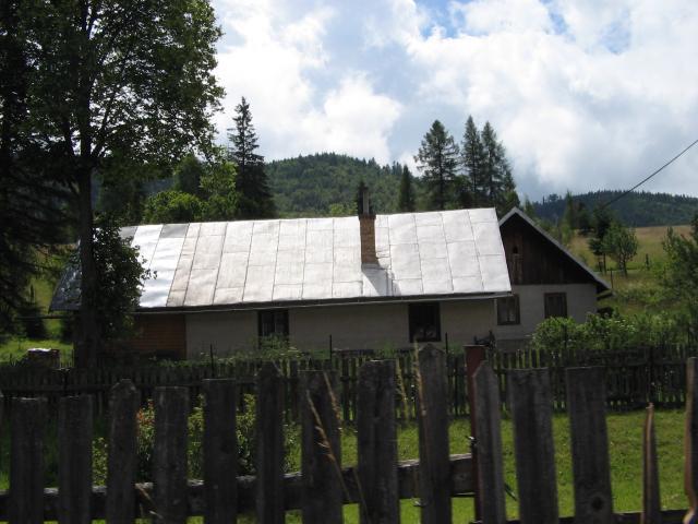 17 Zlatno - rodinné domy
