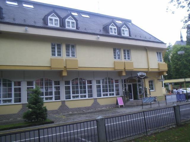 06 Hotel Pod zámkom
