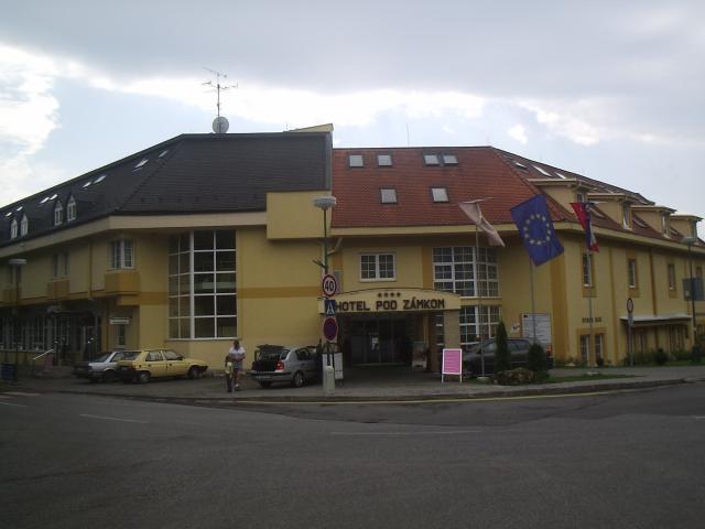 07 Hotel Pod zámkom
