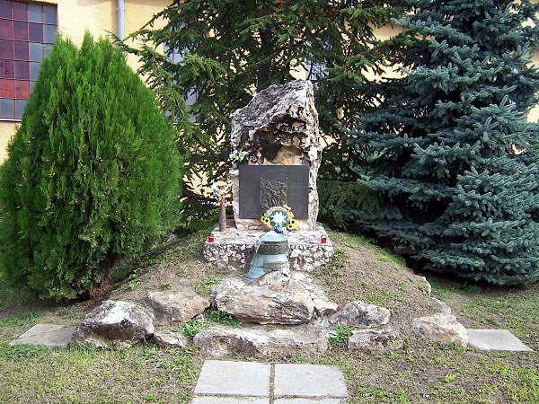 06 Pamätník padlým v II.sv.vojne