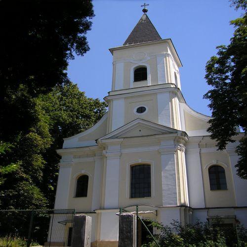 01 Kostol sv.Petra a Pavla