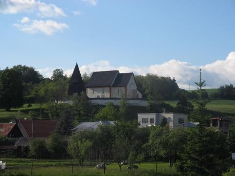 01 Kostol a zvonica