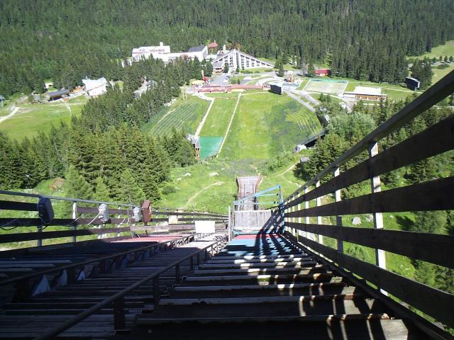 19 Výhľad zo skokanského mostíka