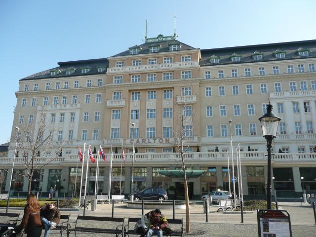 15 Hotel CARLTON