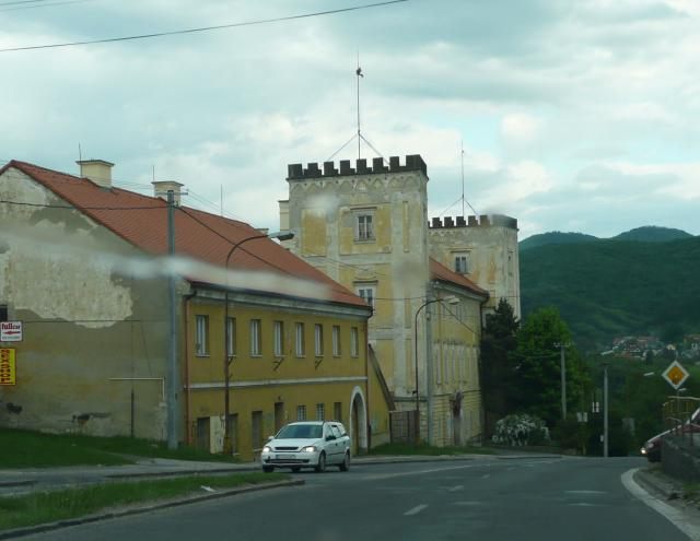 15 Kaštieľ - Obchodná akadémia