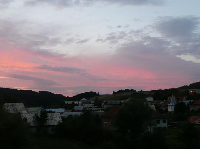 24b Západ slnka
