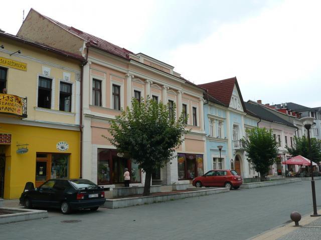 03 Námestie M.R.Štefánika