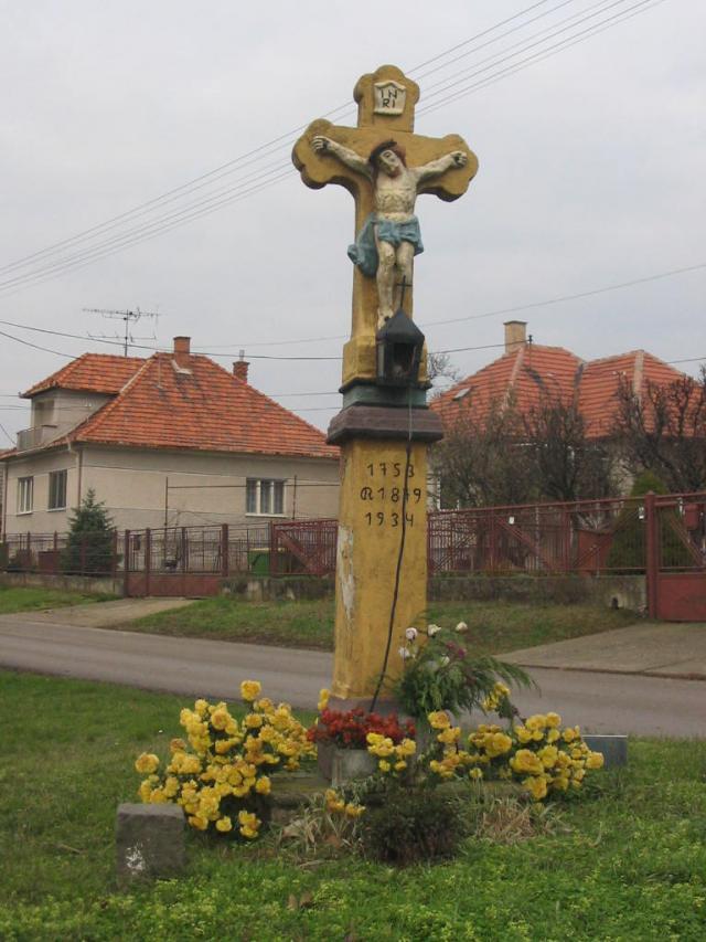 02 Kríž