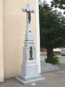 03 Kamenný kríž