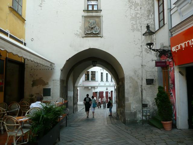 20 Michalská brána