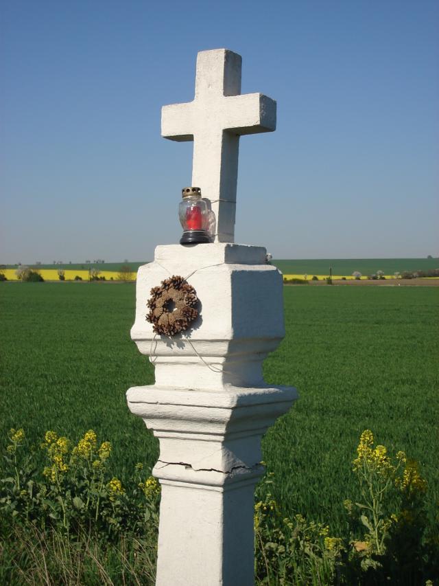 05 Biely kríž