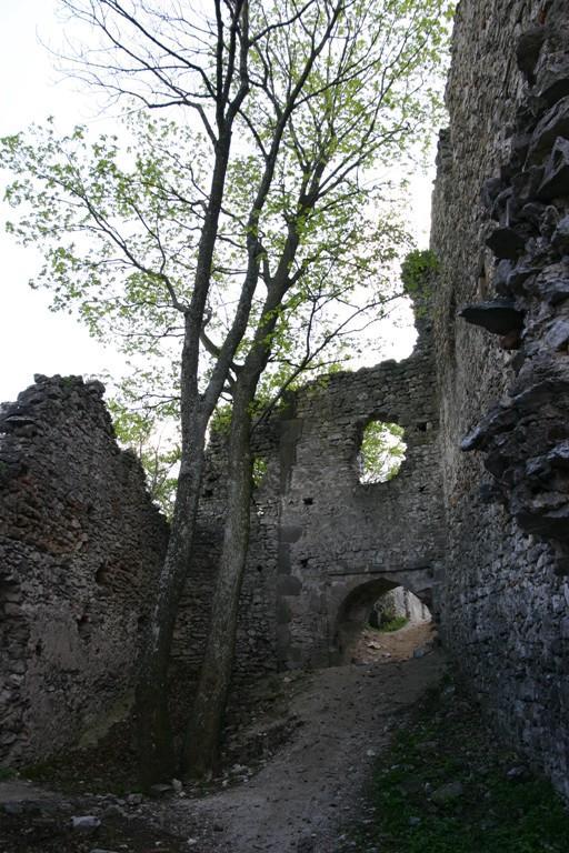 15 Interiér hradu Tematín