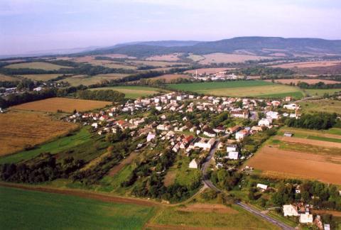 02 Letecký pohľad na obec