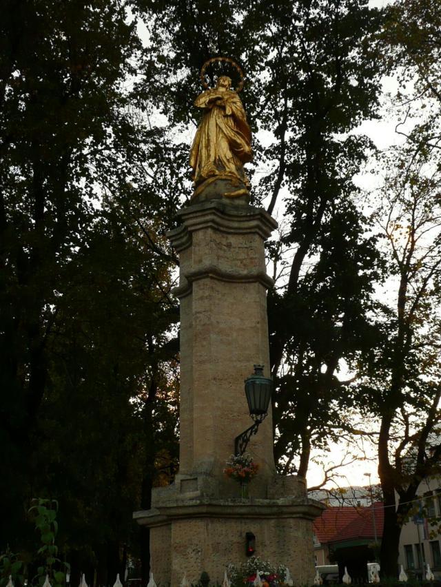 18 Mariánsky stĺp z r. 1858