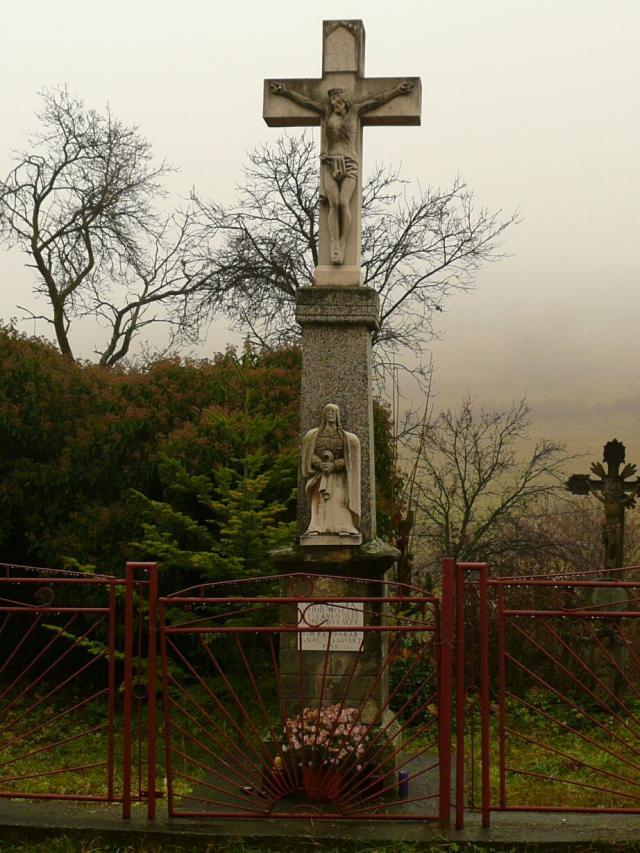 06 Kríž