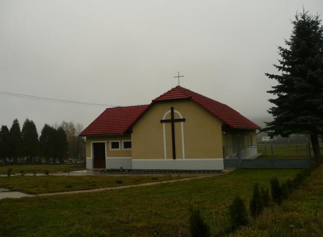 14 Dom smútku a cintorín