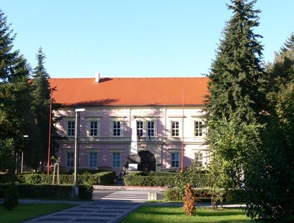 13 Gemersko-malohontské múzeum