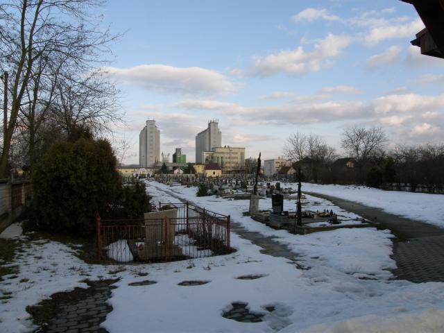 37 Cintorín