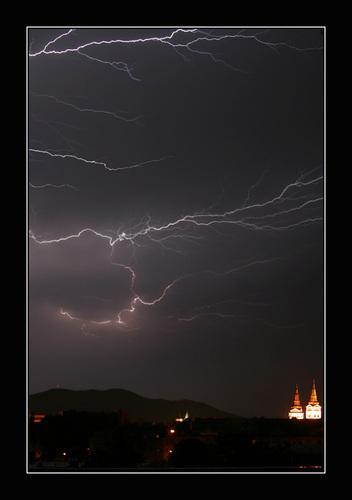 01 Búrka nad Žilinou